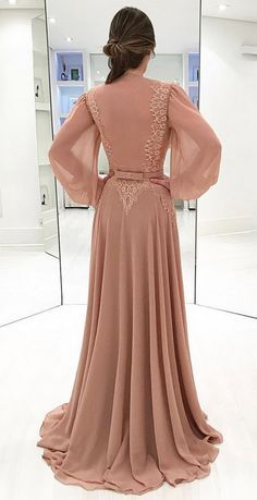 Prom Dresses Long With Sleeves, A Line Prom Dresses, Custom Dresses, Vintage Dresses, Vintage Prom, Hijab Evening Dress, Evening Dresses, Jw Mode, Mode Style