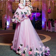 mother daughter matching dresses pink handmade flowers prom dresses kids prom gown(price is for both dresses) Mom Daughter Matching Dresses, Mom And Baby Dresses, Lace Evening Dresses, Prom Dresses, Mother Daughter Fashion, Birthday Dresses, Designer Dresses, Handmade Flowers, Embroidery Works