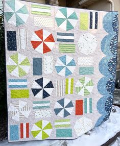 Beach Day Quilt Pattern by Satomi Quilts | Fabric: Riptide by Citrus & Mint Designs for Riley Blake Designs