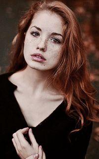 Roxanne Chambler