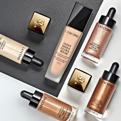 The Teint Idole line is growing with our newest addition- Teint Idole Custom Glow Drops! They are the perfect addition to your foundation to make that dewy complexion you have been looking for. Or…perfect for highlighting and sculpting! Makeup Primer, Makeup Kit, Makeup Lipstick, Makeup Cosmetics, Eye Makeup, Makeup Palette, Ysl Beauty, Beauty Skin, Beauty Tips