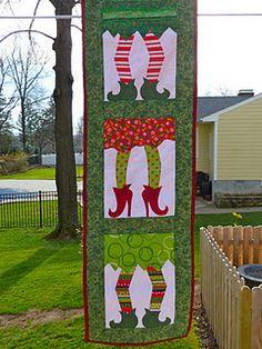 elf wall hanging!