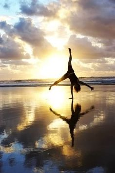 Cartwheel...soo coool.  How many can you do in a row