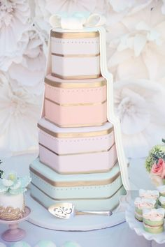 Pretty Boxed Cake | Love is Sweet Bridal Shower by Melody Melikian Photography #bridalshower