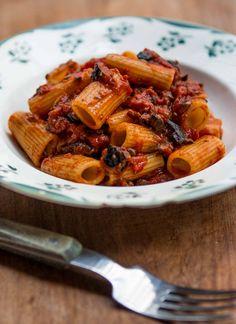 The classic Pasta Puttanesca recipe