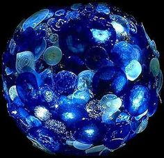 Dale Chihuly is amazing! This is hand blown glass!