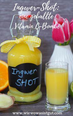 #anzeige Ich habe für Euch eine Vitamin-C Bombe kredenzt - Ingwer Liebhaber werden den Ingwer-Shot lieben. Das ist hochdosiertes Vitamin-C aus Zitrusfrüchten und frischem Ingwer & Kurkuma. Er ist sozusagen die Steigerung meines Ingwer-Zitronen Boosters. Pure, geballte Vitamine! Jeden Morgen einen Schluck und Ihr bleibt den ganzen Winter gesund. Und wer sich für Themen wie #Naturheilkunde oder #Naturmedizin interessiert, darf gerne einmal im Beitrag vorbeischauen. #ingwer #vitaminc