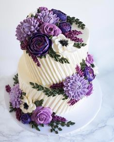"""Cake artist Leslie Vigil uniquely decorates cakes so that they appear to be embroidered. These """"stitches"""" make beautiful flowers, patterns, and more. Cake Cake Artist Leslie Vigil Creates Gorgeous Cakes That Look Like They're Embroidered Beautiful Birthday Cakes, Gorgeous Cakes, Pretty Cakes, Cute Cakes, Amazing Cakes, Purple Birthday Cakes, Unique Birthday Cakes, Purple Wedding Cakes, It's Amazing"""