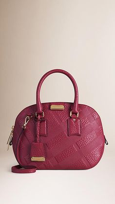 Dark plum The Small Orchard in Embossed Check Leather - Image 1