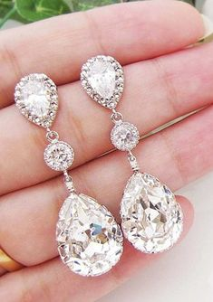 The gift of jewellery - crystal Swarovski earrings. Visit Lashings Extensions on Facebook to join their Valentine's Day Competition. http://facebook.com/LashingsExtensions #ValentinesDay #Lashings #Competition
