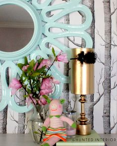 how cute is this mirror??Oatmeal Can Headband Holder  #springintothedream