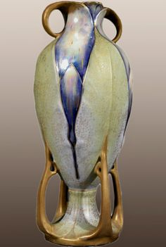 Art-Nouveau-Period-Vase-by-Paul-Dachsel-for-Amphora.jpg (516×768)