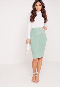 Join the 70s suede parade and look ultra-beaut in this fierce skirt. In a smokin' mint green hue, sweet faux suede and a figure-flattering fit, you'll be look instantly luxe. Whether it's for a dinner date, night out or heading to the offic...