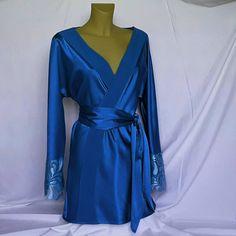 Vestaglia a kimono in cadi di seta con inserto in pizzo.Disponibile in molti colori,pigiameria,regalo per lei,spedito da Italia di NegoBmilano su Etsy