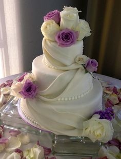 We push the artistry of the cake creation to new heights with our fanciful designs, rich ingredients and proprietary methods....If you would like to order custom cakes of any style, shape, flavor, or combination of ingredients and visual goodies, our artists will sculpt delectable edibles that you will treasure forever. Call us today at 805-497-6111 or at ForHeavensCakes.com For Heavens Cakes™ 804 E. Thousand Oaks Bl. Thousand Oaks, CA #Cakes #Cake #Dessert #Desserts #floral #wedding