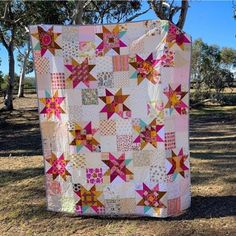 Little Miss Sawtooth Quilt Along – Details About the Quilt Star Quilt Blocks, Star Quilt Patterns, Star Quilts, Scrappy Quilts, Skirt Patterns, Blouse Patterns, Sewing Patterns, Denim Quilts, Pink Quilts
