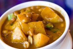With Indian influences and popular amongst Muslim communities in Southern Thailand, massaman curry is a truly global dish.