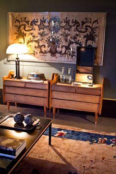 Espacio decorado con alfombra de la colección 'Curiosities' de GOLRAN