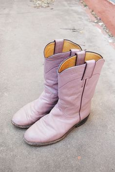 vintage Cowboy Boots - Pink Leather Justin Western Cowgirl Boots Sz 5. $53,00, via Etsy.
