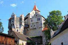 castle Pernštejn, Czech republic Royal Palace, Its A Wonderful Life, Czech Republic, Barcelona Cathedral, Mansions, Country, House Styles, Building, Palaces
