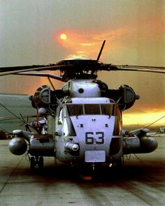 The heavy-lift helicopter of the Marine Corps Super Stallion) can carry a Light Armored Vehicle, 16 tons of cargo 50 miles and back, or enough combat-loaded Marines to lead an assault or humanitarian operation. thing i will work on Military Helicopter, Military Jets, Military Weapons, Military Aircraft, War Machine, Marine Corps, Usmc, Armed Forces, Military Vehicles