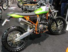 Green Honda Dominator custom with orange frame Tracker Motorcycle, Scrambler Motorcycle, Honda Motorcycles, Custom Motorcycles, Custom Bikes, Street Scrambler, Honda Dominator, Garage Bike, Scrambler Custom