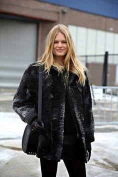 Anna Ewers street style Fur Fashion, Fashion Models, Winter Fashion, Womens Fashion, New York February, February 2015, Anna Ewers, Models Off Duty, Latest Street Fashion