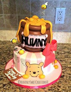 Disney Inspired Birthday Cakes - Winnie the Pooh Peekaboo Birthday Cake inspired by Cakes By Roselyn Baby Shower Cake - Baby Shower Ideas Winnie The Pooh Themes, Winnie The Pooh Cake, Winnie The Pooh Birthday, Beautiful Cakes, Amazing Cakes, Baby Reveal Cakes, Torta Baby Shower, Dessert Original, Birthday Cake Girls