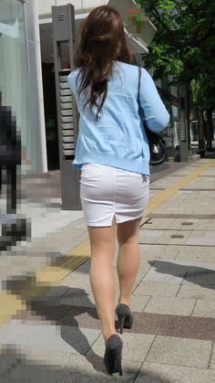 Asian Woman, Asian Girl, Bottomless Girls, Pencil Skirt Work, Virtual Girl, Sexy Hips, Fashion Tights, Satin Blouses, Sexy Skirt