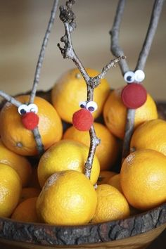 Rascally Reindeer Decorations hiding in a bowl of clementines