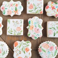 Have I expressed my love for Rifle Paper Co. & Anthropologie yet? Ever since I've been doing cookies I knew I wanted to incorporate their style into my brand. every cookie I do I end up somehow going the same way with design! #cookies #sugarcookies #riflepaperco #florals #handpainted #handmade #paintedcookies #anthropologie #cylcreative #art #edibleart #picoftheday #leavenocrumbbehind #vsco #vscogrid #mom_hub #missjsugarcookies #weddingfavor #partyfavor #houston #texas