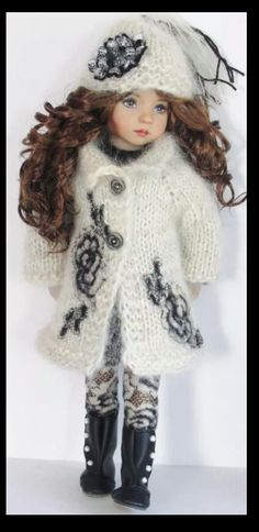 Handknit Mohair Coat and sweater set made for Effner little darling dolls. Handmade Clothes, Diy Clothes, Girl Dolls, Baby Dolls, Dolls Dolls, Knit Fashion, Girl Fashion, Baby Barbie, Sasha Doll