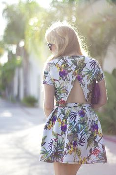 Choies Limited Edition Tropical Print Slip Sleeves Crop Top With High Waist Skate Skirt #choies #suit #fashion