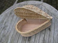 Willow Weaving, Basket Weaving, Dolls Prams, Magazine Crafts, Newspaper Basket, Wooden Gift Boxes, Book Sculpture, Baskets On Wall, Wicker