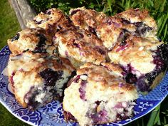 Everyday Dutch Oven: Several different scones recipes....for tea!