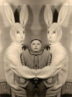 Kid trapped by two creepy easter bunnies #scary #rabbit #funny #kids - Carefully selected by GORGONIA www.gorgonia.it