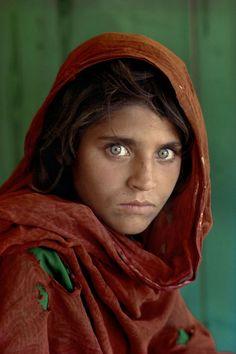 Les 10 plus grands photographes de portraits - Steeve McCurry - La fille Afghane