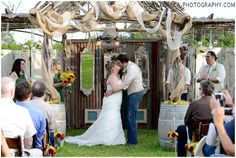 Twisted Ranch Wedding Photographer; Green and sunflower wedding