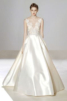 Style 3658 Runway Front