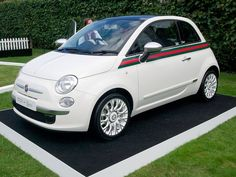 2.011 – Fiat 500 by Gucci