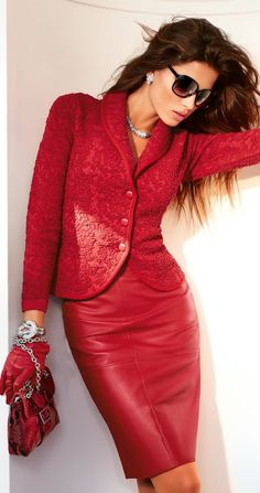 Red Suit: Silk blazer and leather skirt. Red Fashion, Leather Fashion, High Fashion, Womens Fashion, Fashion Trends, Red Leather, Fasion, Leather Gloves, Street Fashion