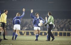 The Northern Irishman (centre) salutes the Portman Road crowd as he takes part in Sir Bobby Robson's Football Benefit Match between Ipswich Town and an England XI in 1979 Ipswich Town Fc, Arsenal Kit, Bobby Robson, Bobby Charlton, Legend Games, Northern Irish, Retro Football, Club Shirts, Irish Men
