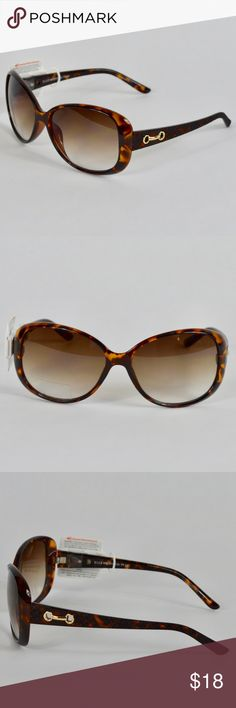 {Elle} Brown Tortoise Shell Gold Link Sunglasses This chic and stylish brown tortoise shell sunglasses from Elle is perfect to keep the sun out of your eyes. It features a textured arm with gold link accent.   *171025_ Elle Accessories Sunglasses