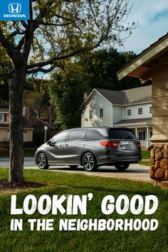 The all-new 2018 Honda Odyssey looks great close-up or from a distance. Be sure to check out all the amazing available features inside like Magic Slide 2nd-row seats™ and CabinWatch™.
