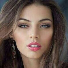 Brunette want u look. Wow pink opened lips, perfect shaped. Nice blue looks with those eyes.