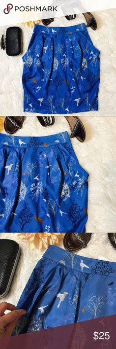 """H&M Birds Print Skirt Cute Birds, Trees, Butterflies and Dragonflies Print All Over. It Also Has Pockets! It'S Such A Sweet Print And The Light Material Would Be Perfect For Warm Summer. Laid flat across @ waist: 13.5"""",length: 21"""". NWOat H&M Skirts Pencil"""