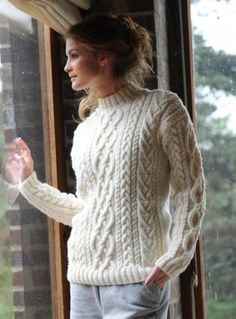 Bergere de France Cable Crew Neck Sweater in Jaspee Aran Knitting Patterns, Knit Patterns, Hand Knitting, Cute Sweaters, Cable Knit Sweaters, Sweaters For Women, Knitwear Fashion, Knit Fashion, Crochet Wool