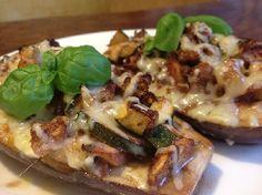 Heel lekker voedselzandloper recept: Gevulde aubergines met biologisch kipgehakt, courgette, tomaat en ras el hanout.