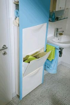 Ikea Tron Storage in the Bathroom - like a built-in College Bathroom Decor, Small Bathroom Organization, Diy Bathroom, Bathroom Hacks, Bathroom Furniture, Home Organization, Trones Ikea Hack, Ikea Hackers, Built In Storage