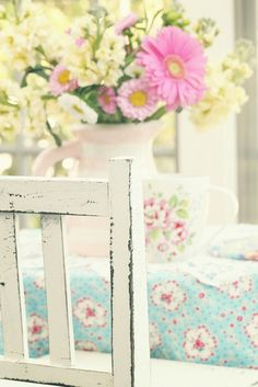 the table by lucia and mapp, via Flickr